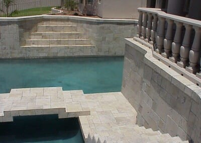 IVORY TRAVERTINE POOL COPING AND POOL PAVERS