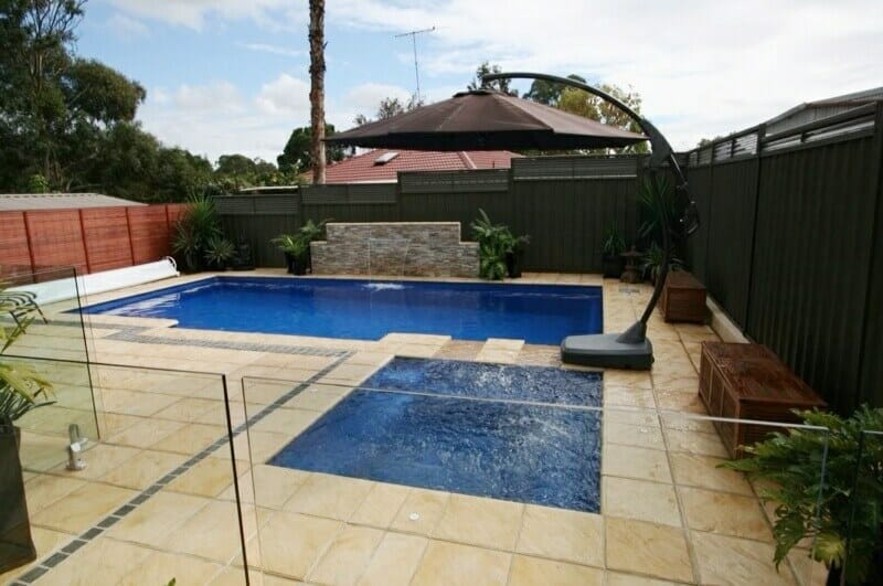 HYMALAYAN SANDSTONE POOL COPING & PAVERS
