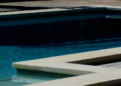 HONED SANDSTONE DROP FACE POOL COPING