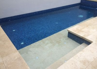 drop-face-ivory-travertine-pool-coping