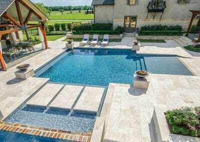 ivory-travertine-pool-coping-and-paving