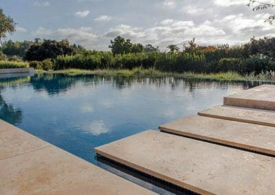 ivory travertine-pool-pavers-and-tiles