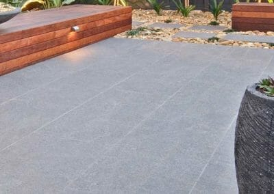Raven Grey Exfoliated Granite Pavers Outdoors Non Slip Surface